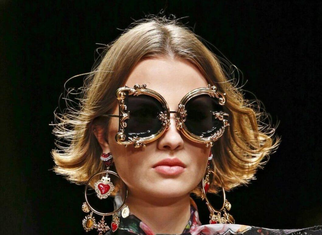 Sončna očala letošnjega poletja – več kot modni dodatek, ki ga je potrebno skrbno izbrati